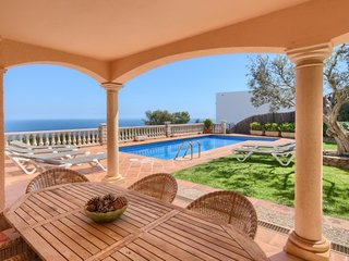Begur Villa Sleeps 10 with Pool Air Con and WiFi - 5570182