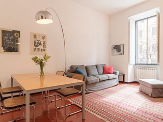 Elizabeth House - AC 2 bedrooms 2 bathrooms bright apartment in Rome city centre