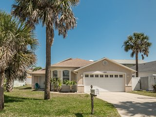 828H - Beachy Keen Pool Home