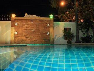 4 bedrooms villa Tewaree near the beach and Walking Street