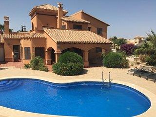 HL020 Super luxurious villa,HDA golf resort