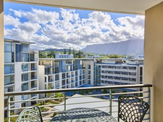 Quadrant Apartments, Cape Town - 2 Bedroom Apartment e603