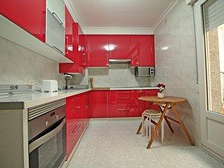88, Bonitas Vistas al Puerto, Piso de 3 dormitorios, dos baños, cocina, salón