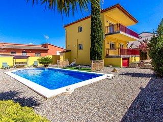 Catalunya Casas: Villa Rodonya with a private pool, just 19km to the beaches of