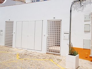 TV-11J - New T-1 apartment with open and spacious areas in the center of Tavira