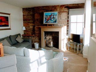 House on the Harbour - in old fishing town of Pittenweem, Fife. Sleeps 6-8