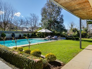 Stunning 4 bedroom home in Constantia