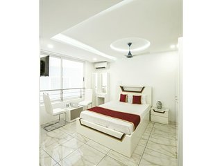 Rahul Residency (Bedroom 9)