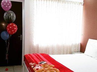 Rahul Residency (Bedroom 8)