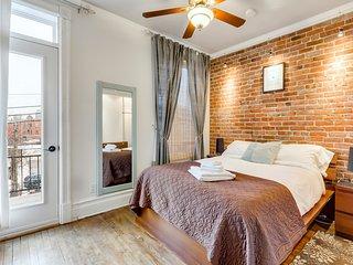 Charming room with balcony-dreamy location