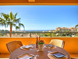 Wave Golf Apartment *Elviria Hills, Con Terraza