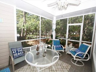 Cozy Cottage Close to Beach ~Free Parasailing~