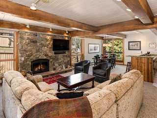 New rental!  Fantastic Snowmass slopeside condo.  Balcony, gas grill, pool/ht, s