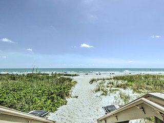 NEW! Cozy Cocoa Beach Condo w/Pool & Beach Access!