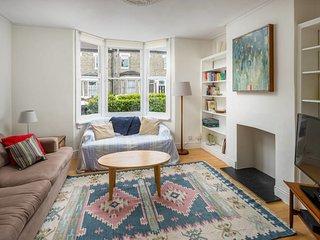 Charming 3bed house w/garden 10min to Brixton tube