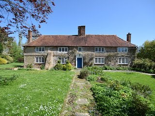 Poplars Farm House, Almodington