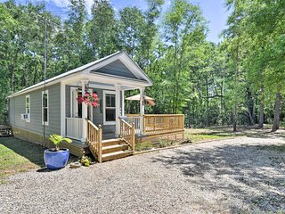 NEW! Cozy, Quiet Cottage 45 Min. to NOLA & Gulf!