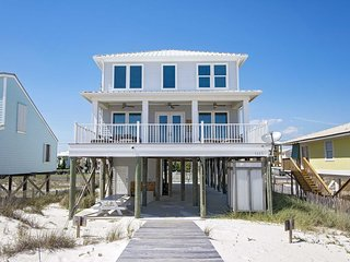 6 Bedroom ~ Gulf Front ~ Sleeps 18