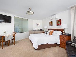 Luna Blu Recharge Spa Suite - Luxury B&B Rhyll, Phillip Island
