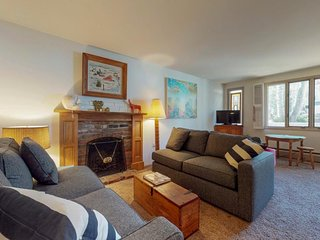 Quiet ski-in/ski-out condo right in Vail with river views, shared tennis, & more