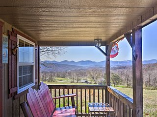 NEW! Cozy Cumberland Cabin w/Mountain Views & Pond