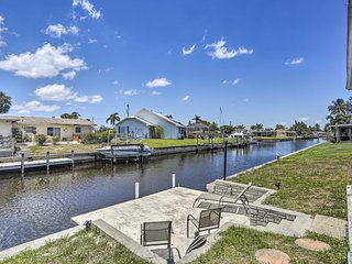 NEW Waterfront Home w/Patio-5 Mi. to DT Fort Myers