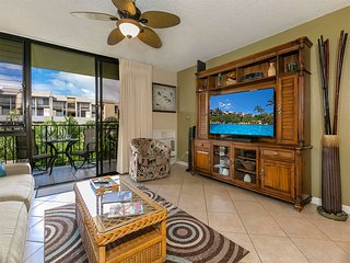 Bright Island-Style Suite w/WiFi, Modern Kitchen, AC, Lanai–Kamaole Sands 9208