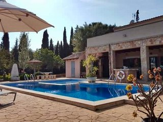 Villa/Finca, Idyllic peaceful location, Portocolom Mallorca