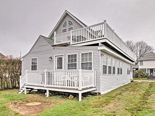 NEW! Old Lyme Apt. - Walk to Sound View Beach!