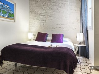 Superb 3 bedroom Apartment in Barcelona  (F8888)