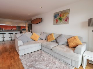 NO.5, open-plan, coastal holiday, close to the beach, in Newquay