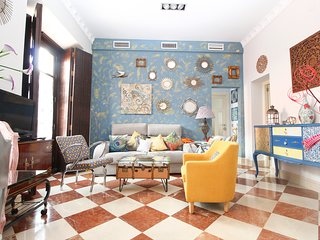 QUEVEDO, LUXURY APARTMENT IN THE CENTER SEVILLE