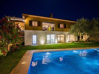 Villa de Lujo para hasta 20 personas con Piscina