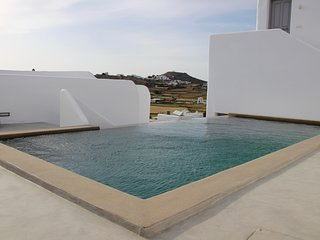 """""""SEMY"""" The Boho Chic House with Pool"""