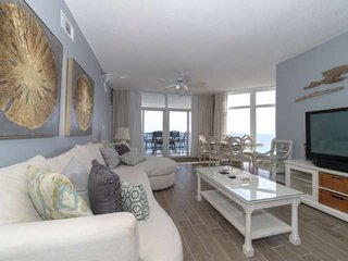 Beachfront Beauty on 14th Floor Jade East. Newly Remodeled! Large Balcony to Enj