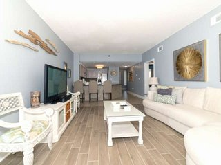 BEACH FRONT BEAUTY ON THE 14TH FLOOR AT JADE EAST. NEWLY REMODELED! Free Dolphin