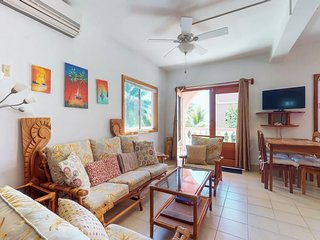 NEW LISTING! Romantic getaway in paradise w/ veranda, shared pool & beach access