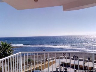 Frontline Beach Apartment with Stunning Sea Views.