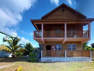 Breezy, modern home near the sea features large yard, easy beach access