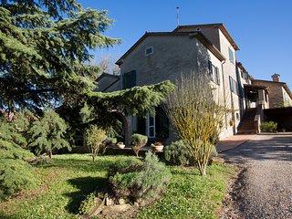 Casa Dinda up 8 to 10 Persons in Badia Petroia nearby Citta di Castello PG.