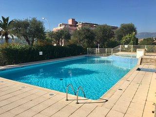 Superbe studio garage piscine vue mer free wifi