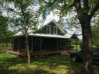 Country Cottage Hideaway near Lynchburg Tennessee