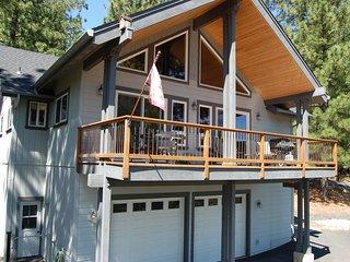 Peak Retreat - Blue Lake Springs Rec Center Access!