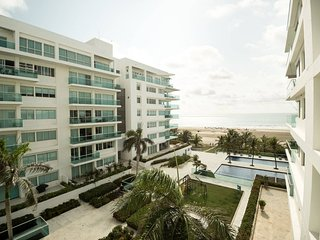 Morros 922 Luxe 1 bd Suite / Beachfront