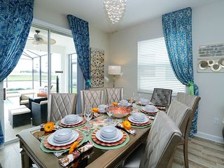 AMAZING HOME ,5 MIN DISNEY, OUTLETS, ATTRACTIONS !