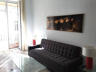 Elegante y tranquilo apt 1 dormitorio. Vistas a calle Cister y Catedral. WIFI 4p