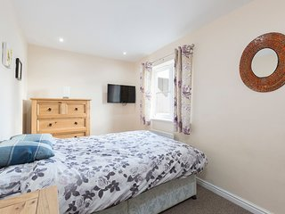 ✭Double Room ✭ South Facing