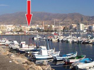 VISITELO EN YO U TUBE:ponga y active los subtitulos: piso alquiler Playa Adra