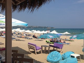 Large family apartment, 6km long sandy beach !