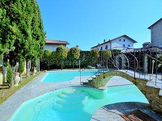 Selci Villa Sleeps 27 with Pool and WiFi - 5624514
